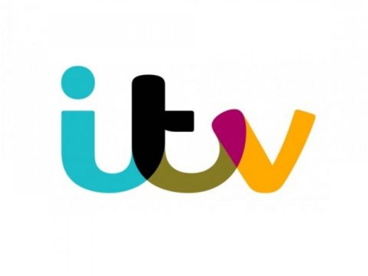 Jason Manford hosts ITV's brand new game show, Bigheads
